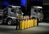 Η Daimler κόντρα στο ρεύμα