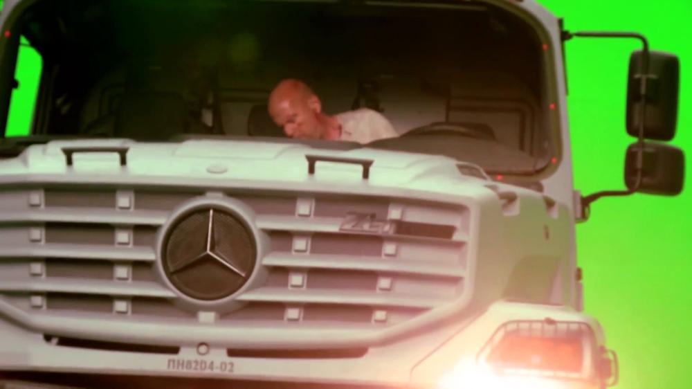 Ένας «πολύ σκληρός» οδηγεί Unimog!