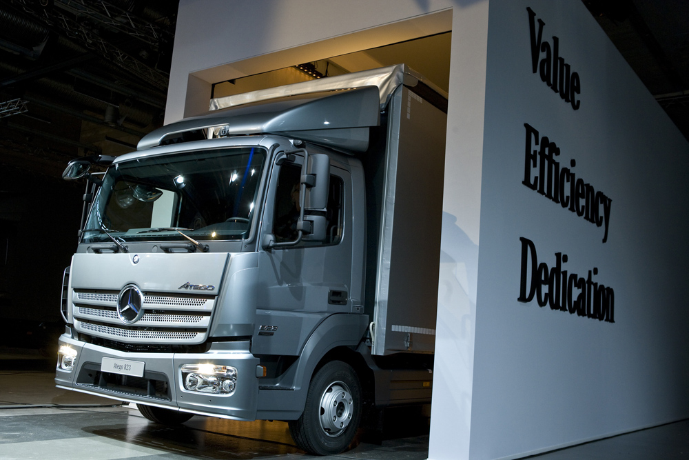 new Mercedes-Benz Atego