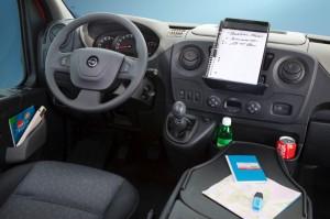 Opel-Movano interior