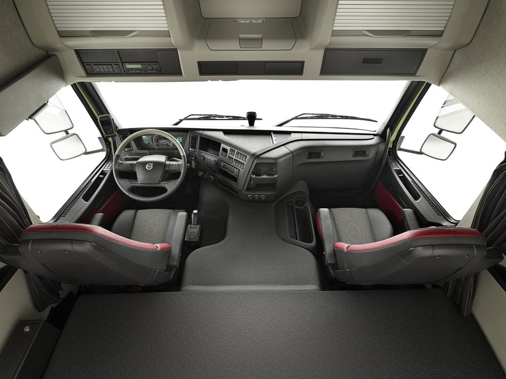 Volvo FMX interior