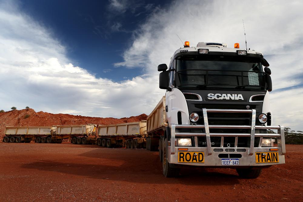 Scania R V8