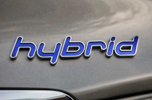 21-2011-hyundai-sonata-hybrid-review