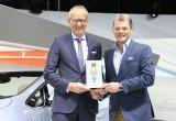 Απονομή βραβείου για την Opel