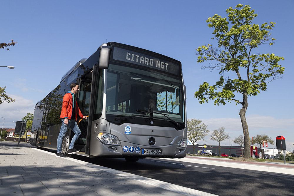 TEST_WEEK_MERCEDES_BENZ_BUSES